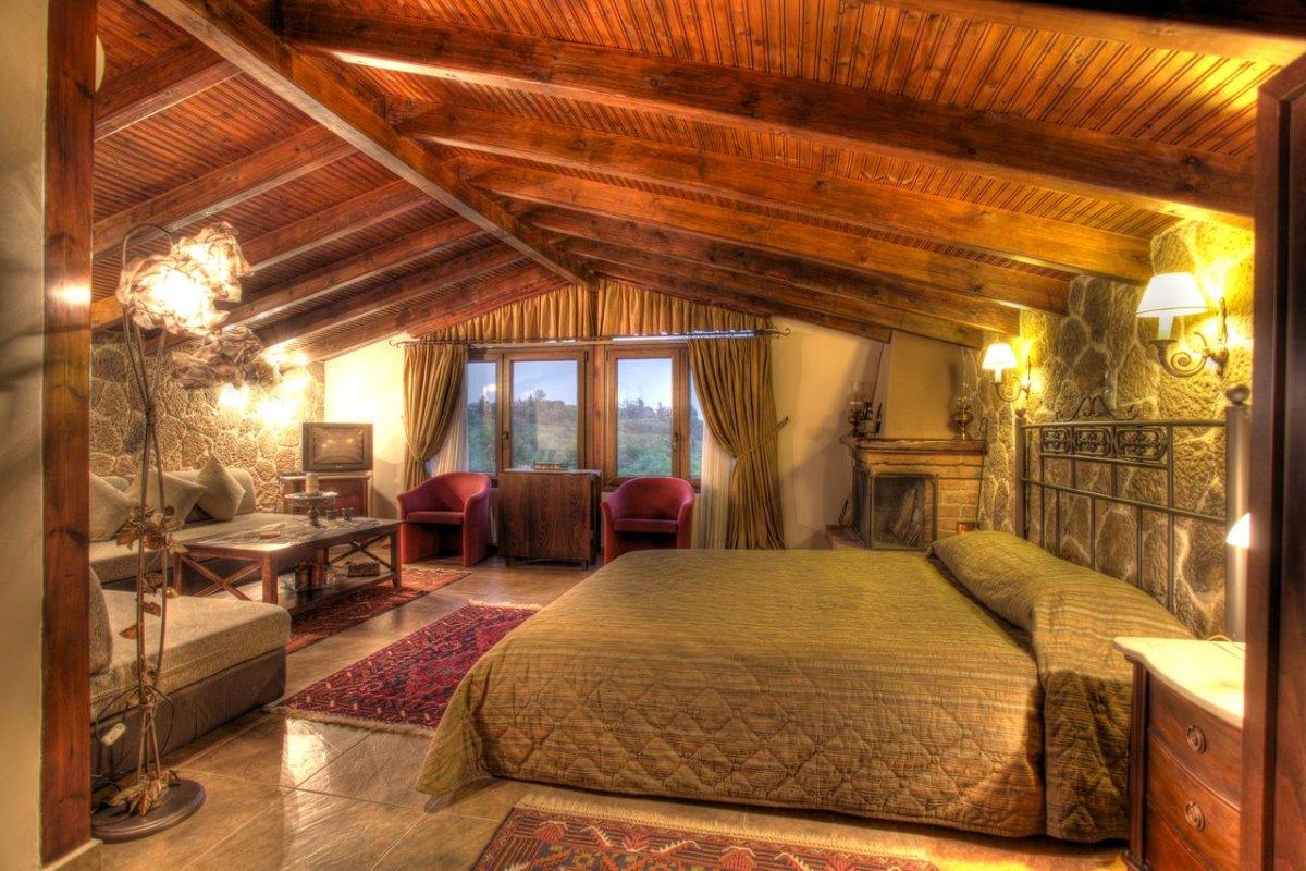 Ξενώνας με θέα Μηλίτσα δωμάτιο