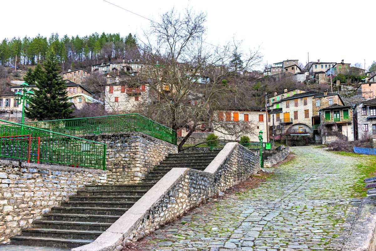 Το γραφικό χωριό Κήποι στα Ζαγοροχώρια