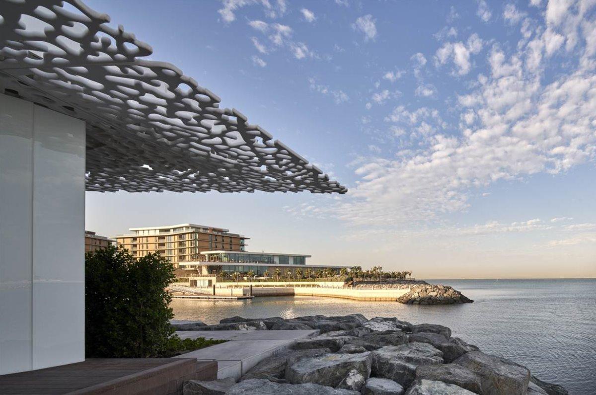 Bvlgari Resort Dubai το πιο ακριβό ξενοδοχείο σε τεχνητό νησί με υπέροχη θέα στους ουρανοξύστες