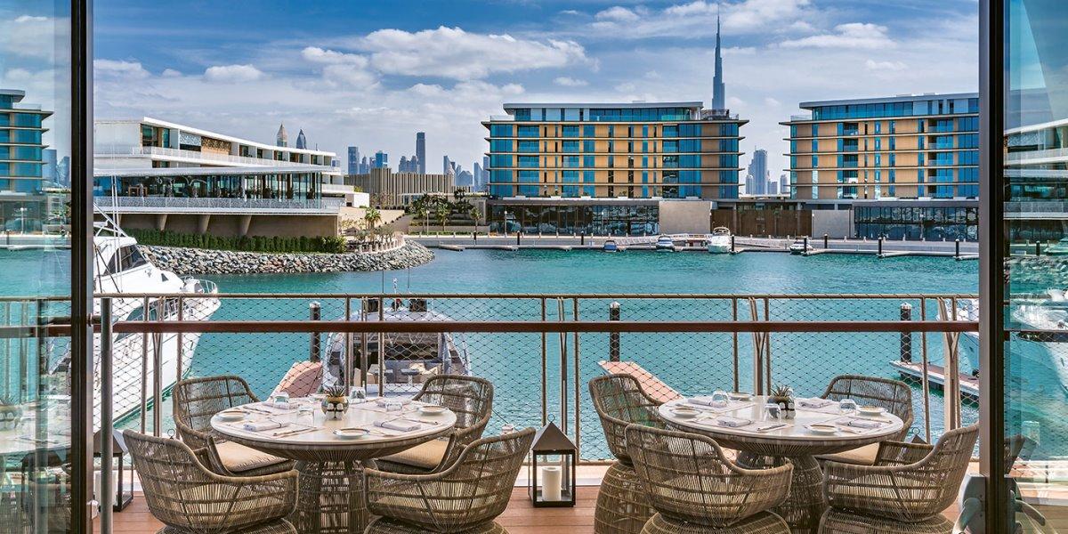 Bvlgari Resort Dubai το πιο ακριβό ξενοδοχείο σε τεχνητό νησί υπέροχη θέα στη μαρίνα