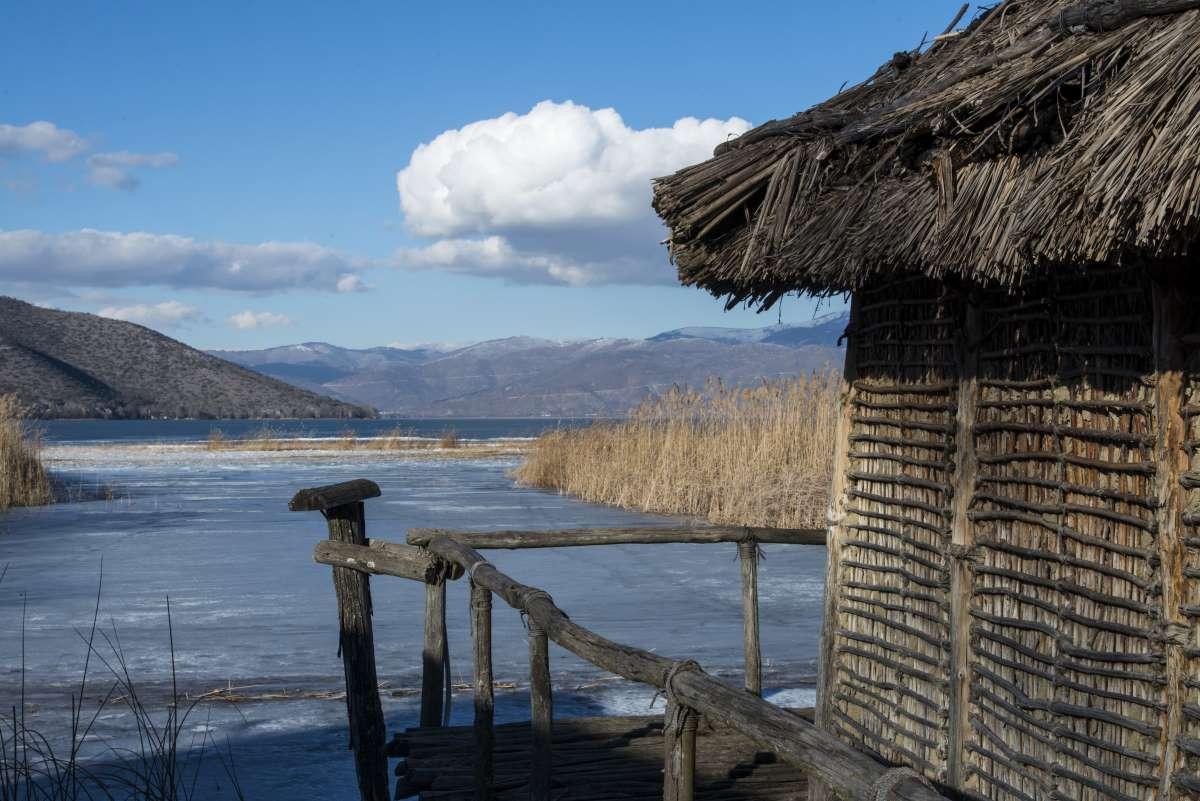 Δισπηλιό Καστοριάς: Ο λιμναίος προϊστορικός οικισμός από τους πιο σημαντικούς και παλιότερους στην Ευρώπη! (φωτο)