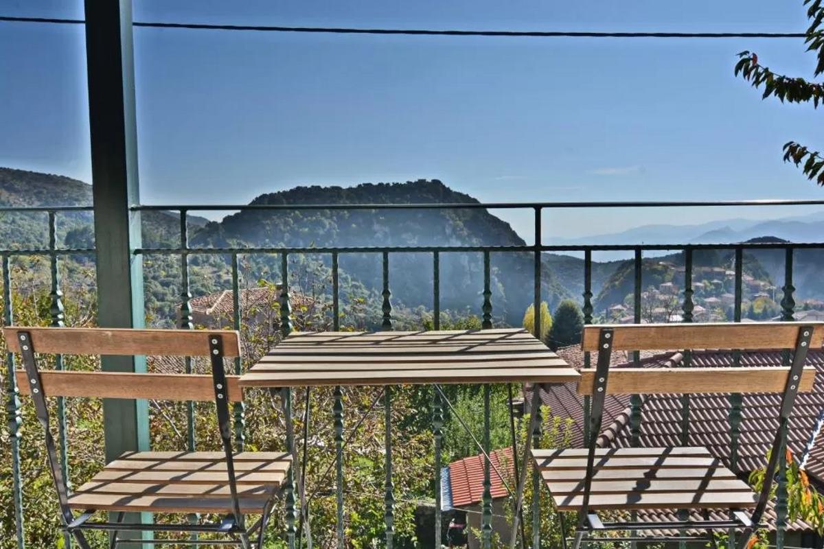 Gartagani Guest House, θέα στο βουνό