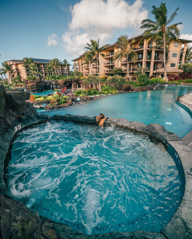 Χαλάρωση στις πολυτελείς εγκαταστασεις των resort  στο Kauai, Χαβάη