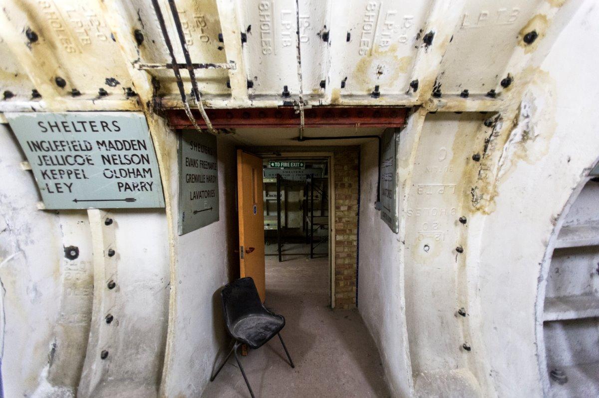 Εντός του εγκαταλελειμμένου καταφύγιου στο βόρειο Clapham, Λονδίνο