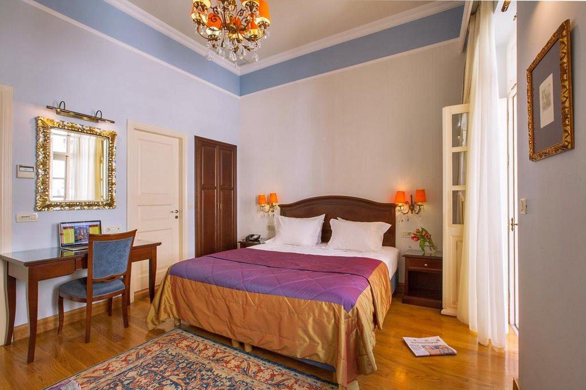 Αέτωμα ξενώνας Ναύπλιο ονειρικό αρχοντικό με βαθμολογία 9,8 δωμάτιο δίκλινο