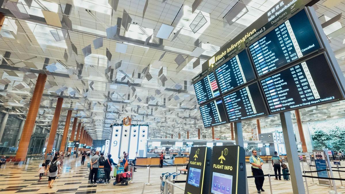 επιστροφή από εξωτερικό σε αεροδρόμιο