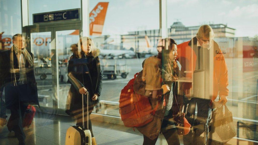 Αεροδρόμιο, επιστροφή από εξωτερικό