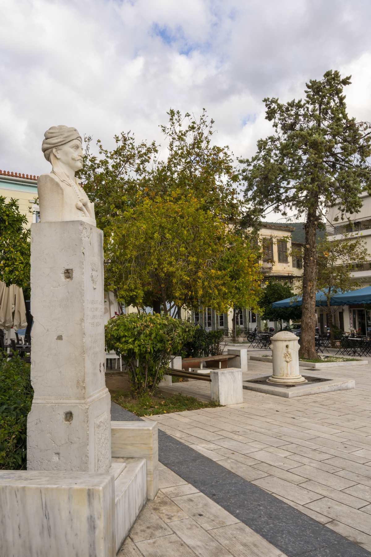 Άμφισσα, πλατεία