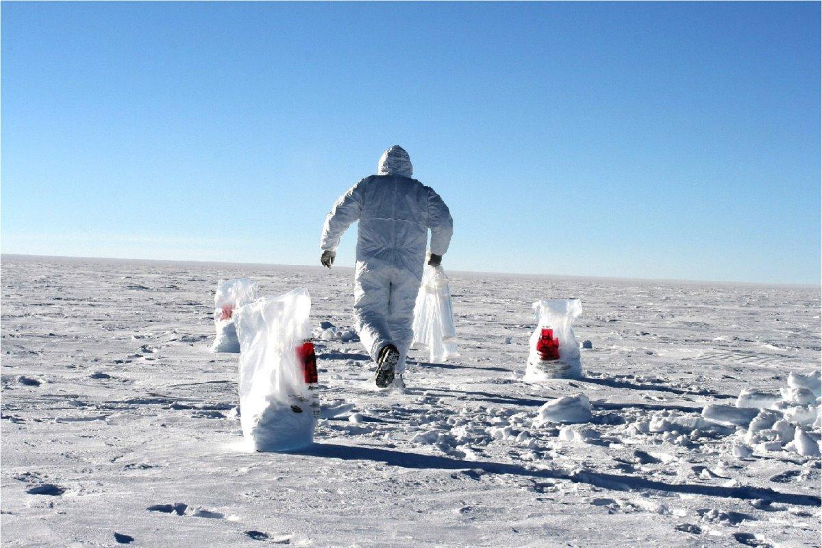 χαμηλές θερμοκρασίες Ανταρκτική συλλογή χιονιού