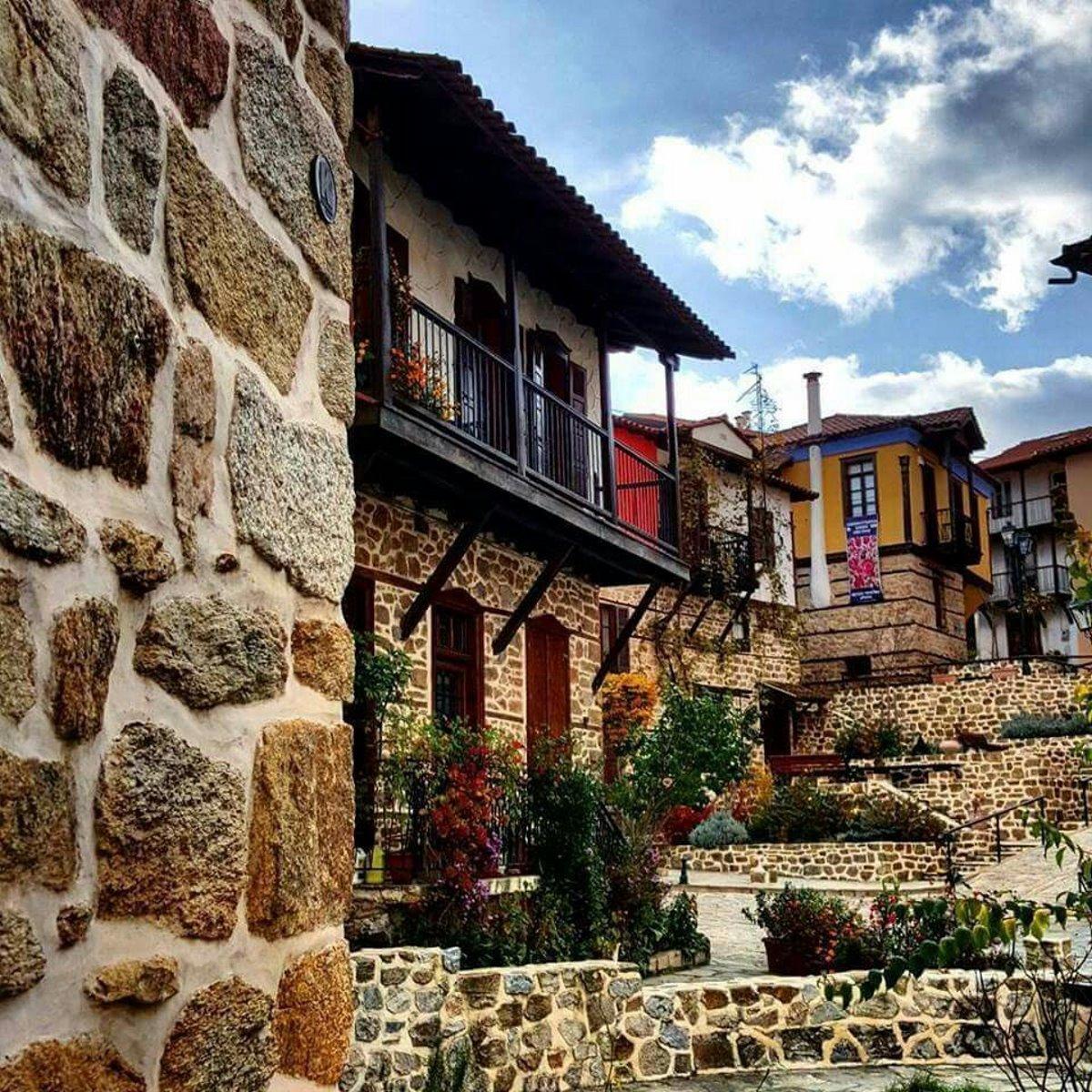 ομορφότερα χωριά αρναία χαλκιδική