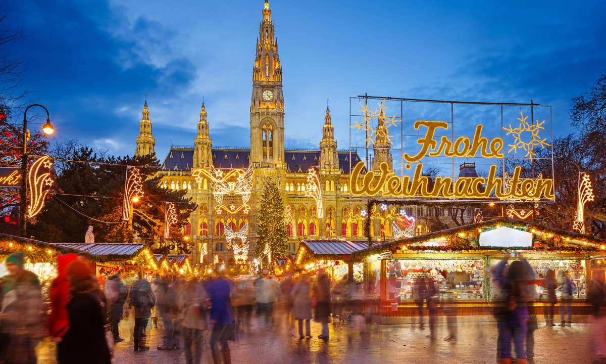 χριστουγεννιάτικες αγορές ανοιχτές στον κόσμο εν μέσω πανδημίας στη Βιέννη