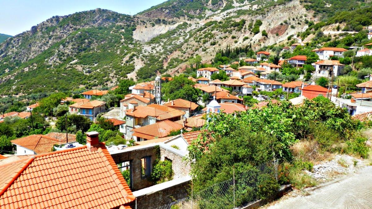 γραφικά χωριά πελοποννήσου ανάμεσά τους η Δήμητρα