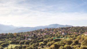 Ελληνικό: Το «άγνωστο» χωριό της Ορεινής Αρκαδίας που θα σας εντυπωσιάσει με την αρχοντιά και την αυθεντικότητα του