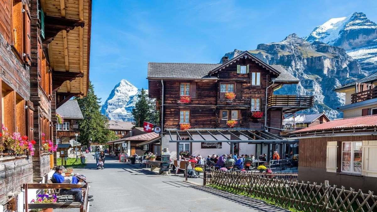 Ελβετία όχι σε lockdown σε καταστήματα
