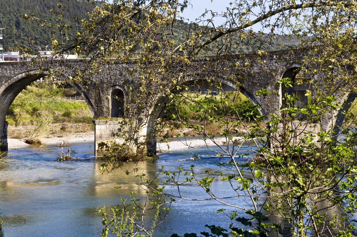 Το γεφύρι της Αρτας