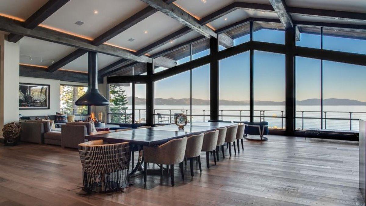 Villa Harrah, η εντυπωσιακή θέα στη λίμνη Τάχο