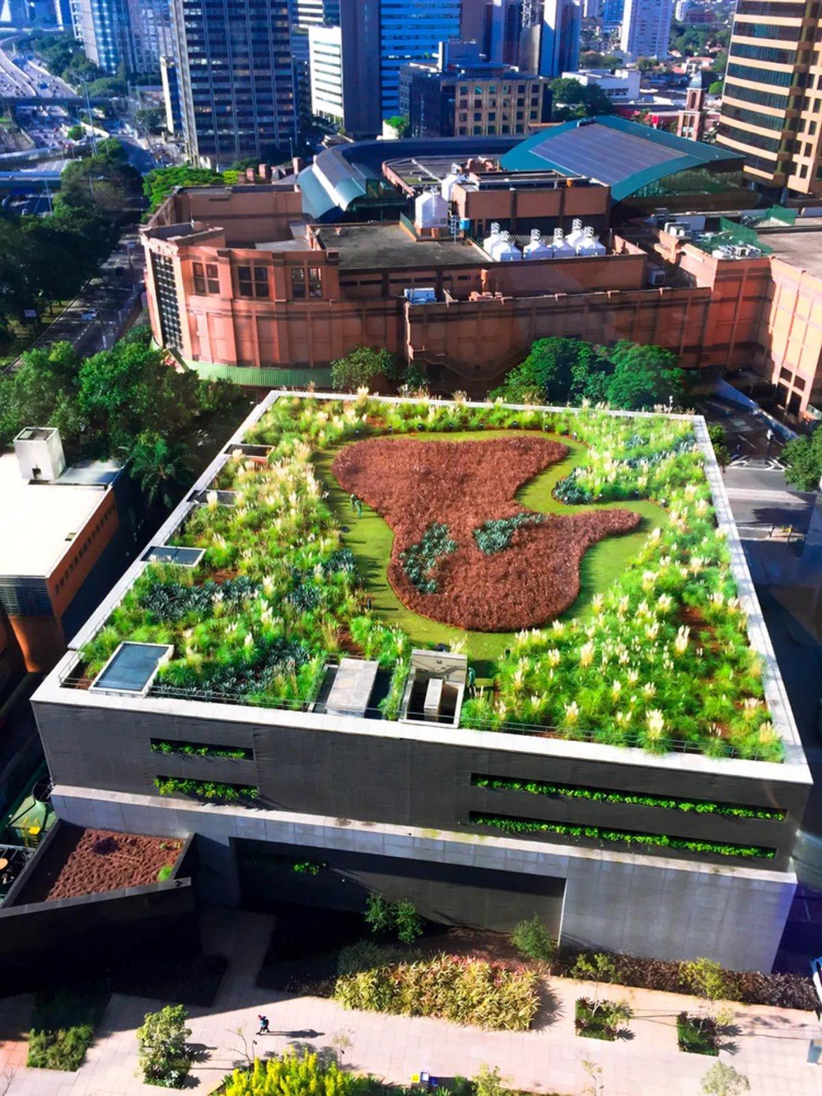 Πράσινη ταράτσα σε κτήριο στο κέντρο του Γιοχάνεσμπουργκ