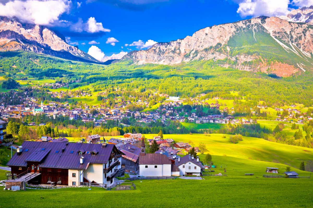 όμορφα ιταλικά χωριά Cortina d'Ampezzo