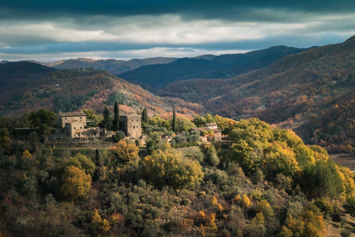 όμορφα ιταλικά χωριά Montone