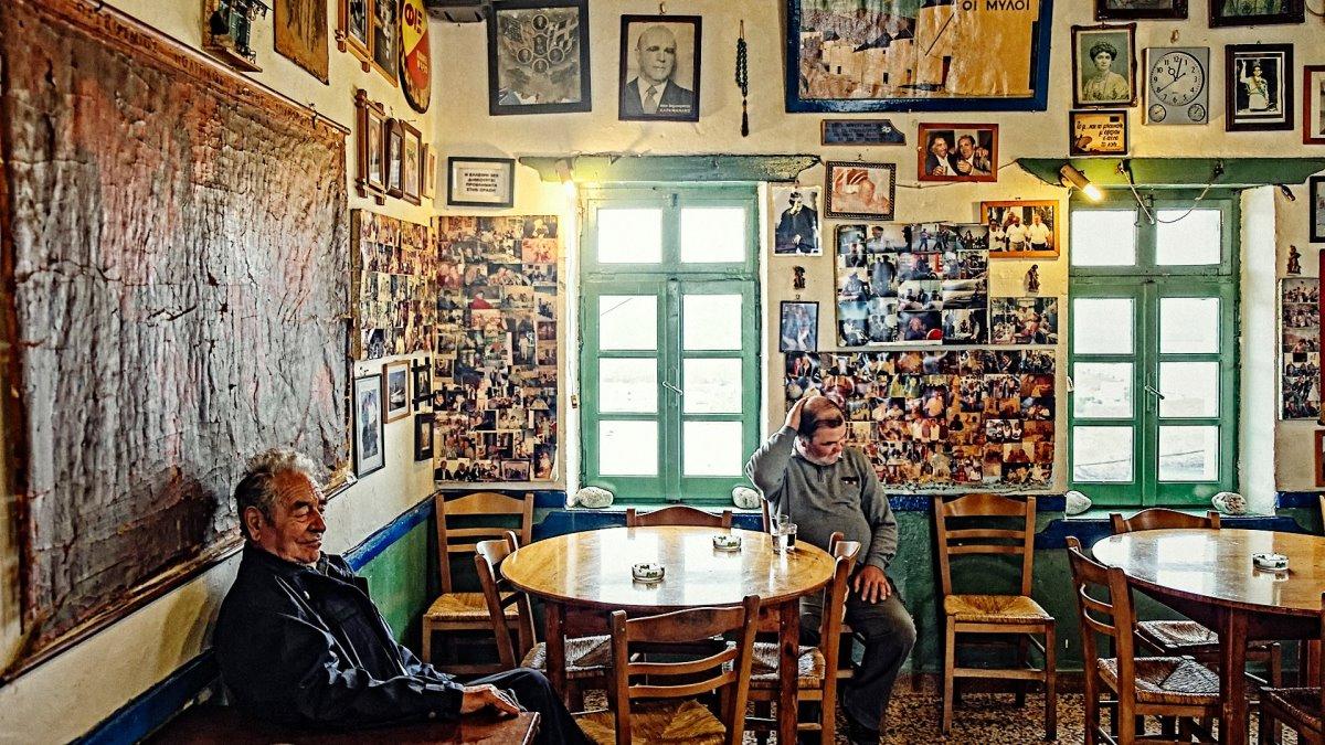 παραδοσιακό καφενείο του Μουγγού στην Αστυπάλαια