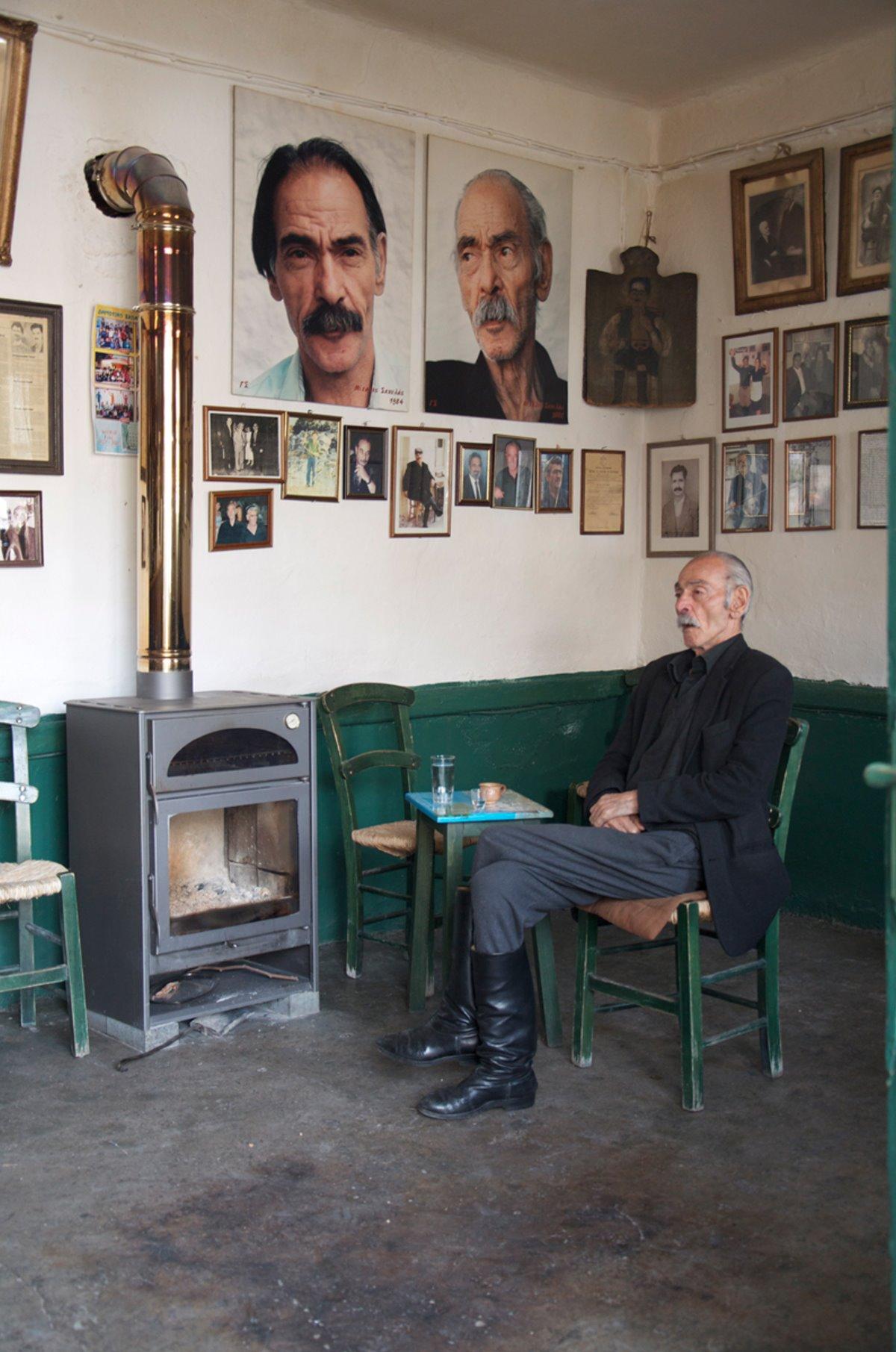 παραδοσιακό καφενείο του Σκουλά Ανώγεια