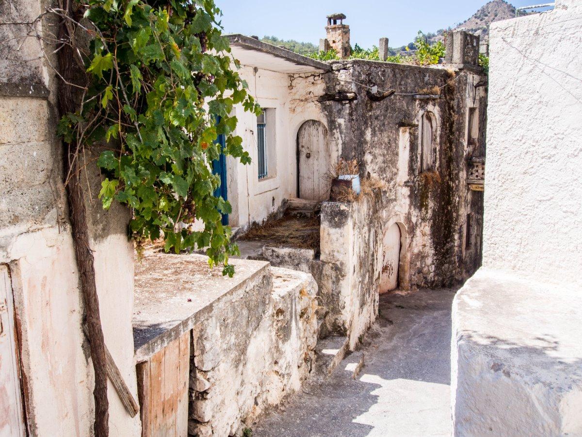 Καλάμι, το εγκαταλελειμμένο  χωριό στο Ηράκλειο