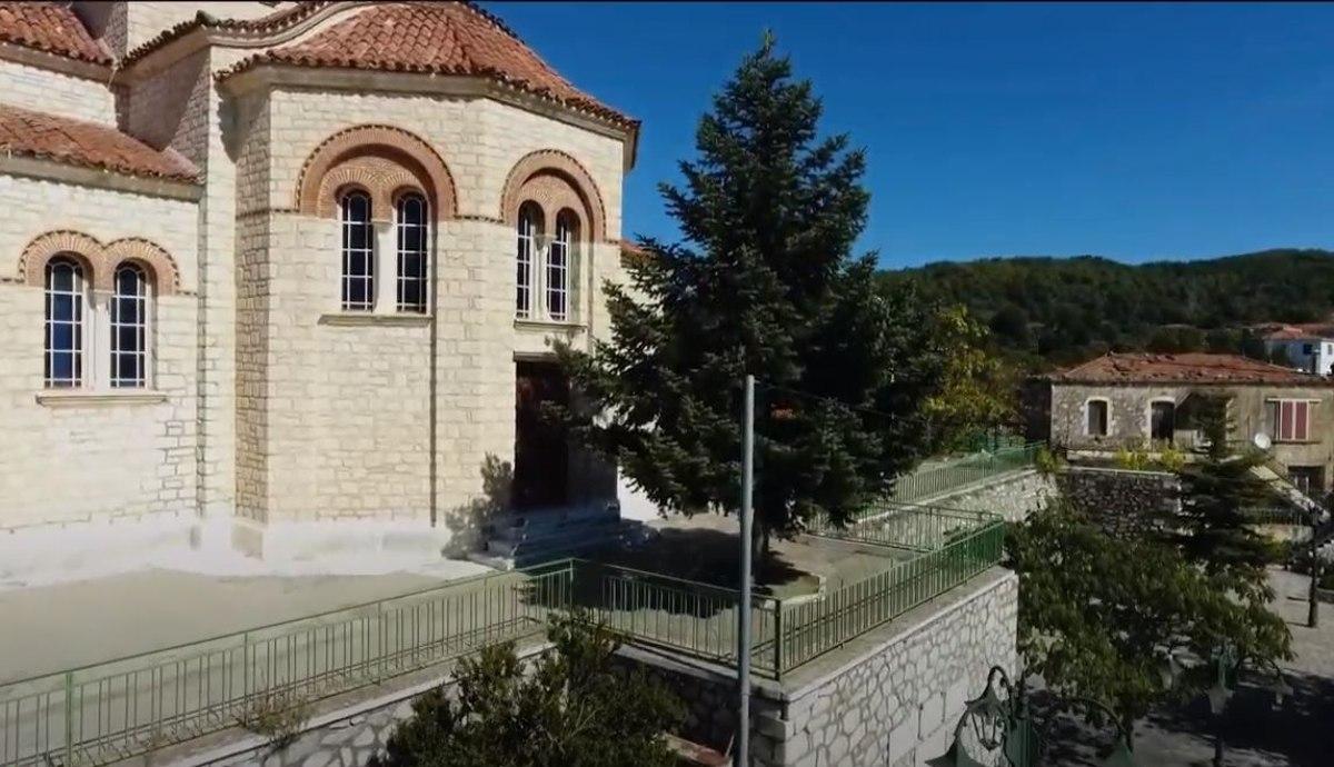 Εκκλησία στις Καρυές