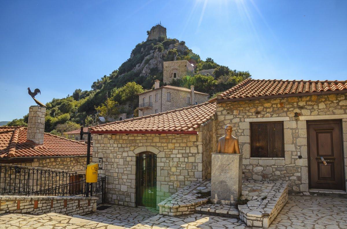 Καρύταινα πέτρινα σπίτια