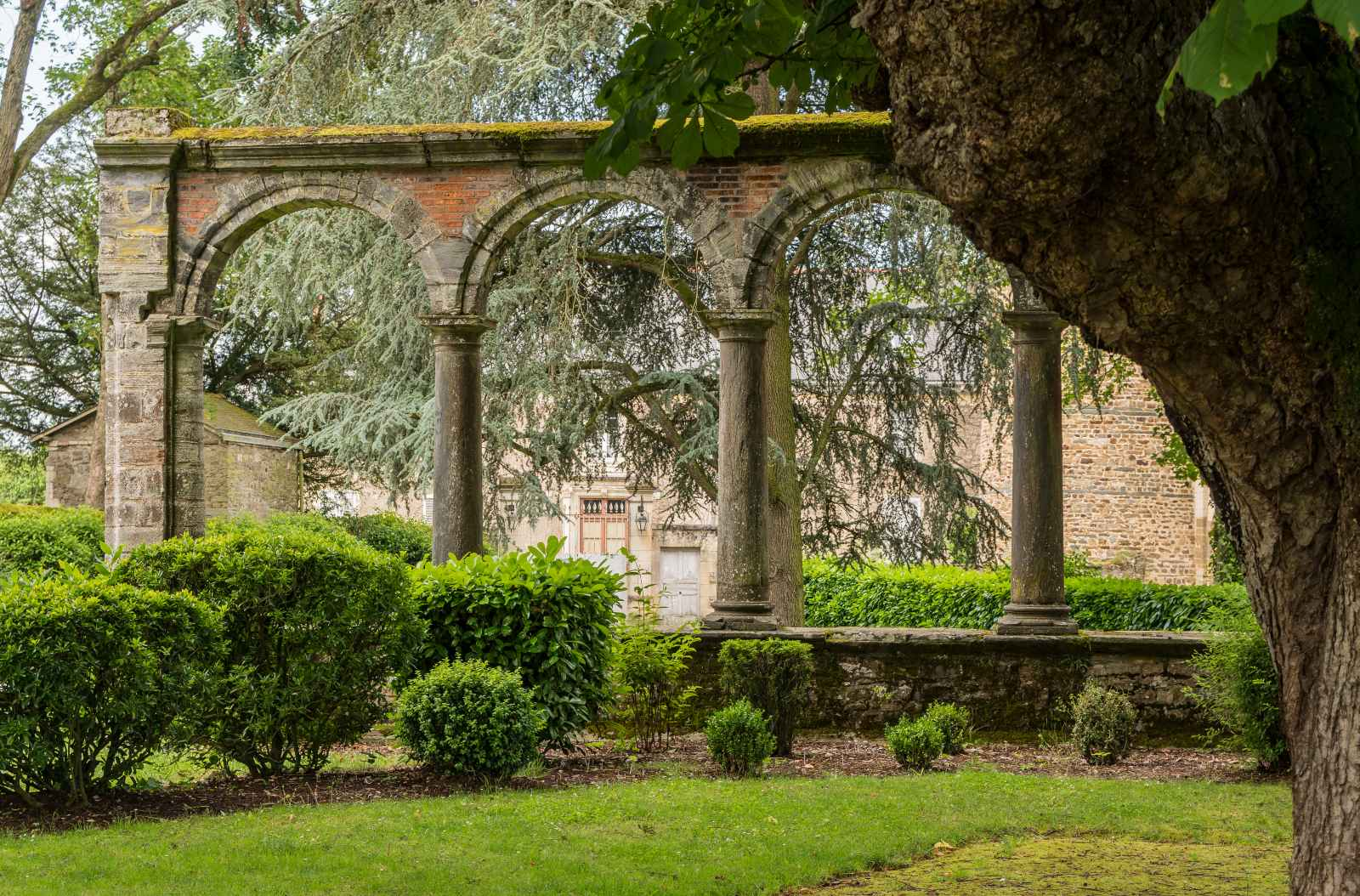 Κάστρο Σατωμπριάν , πύλες