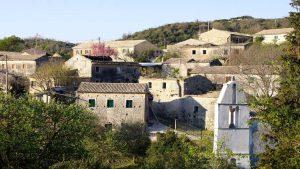 Κέρκυρα: Βολτάρουμε σε 4 από τα πιο όμορφα ορεινά χωριά – Ο χειμώνας της πάει πολύ!