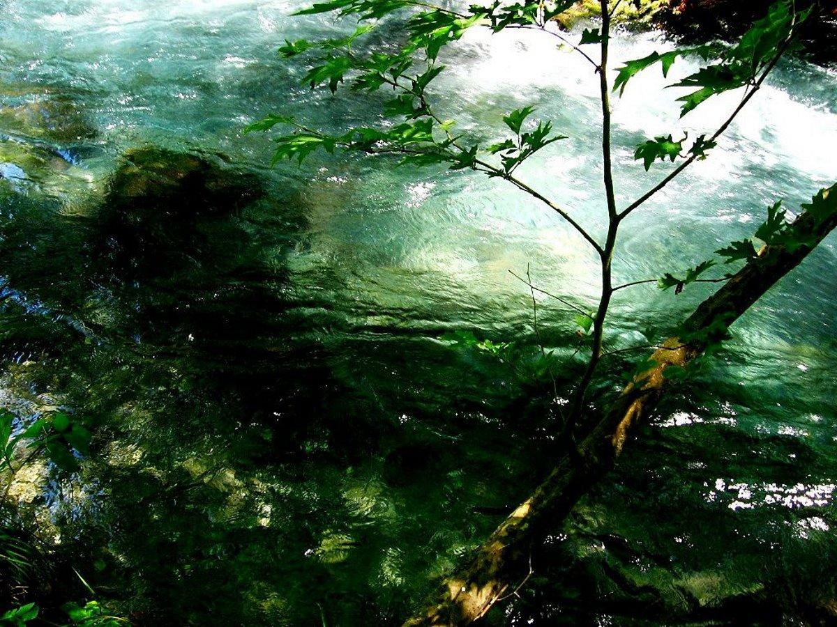 Τα νερά του ποταμού Λούσιου
