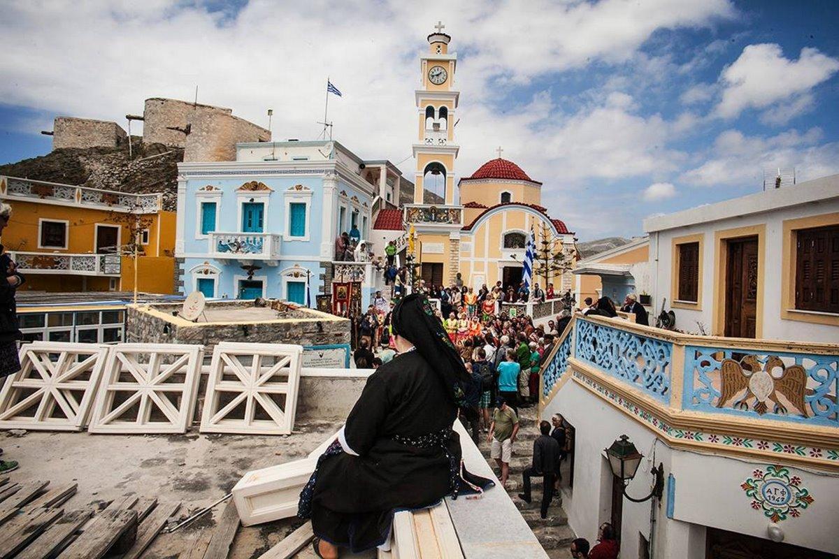 Όλυμπος στην Κάρπαθο το μοναδικό ορεινό χωριό πολύχρωμα σπίτια και όμορφη εκκλησία