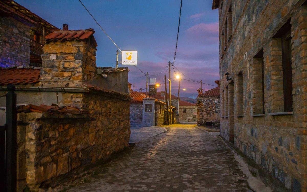 παλαιός παντελεήμονας χωριό