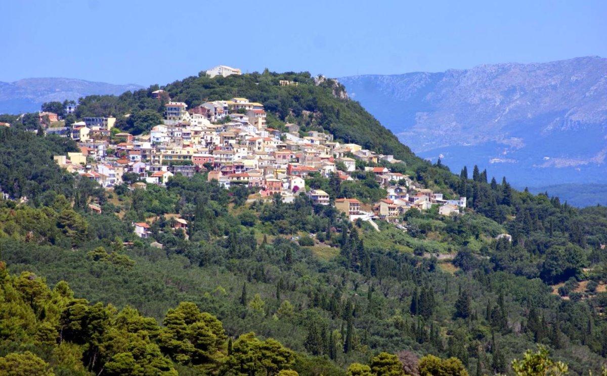 Κέρκυρα όμορφα ορεινά χωριά Πέλεκας πανοραμική