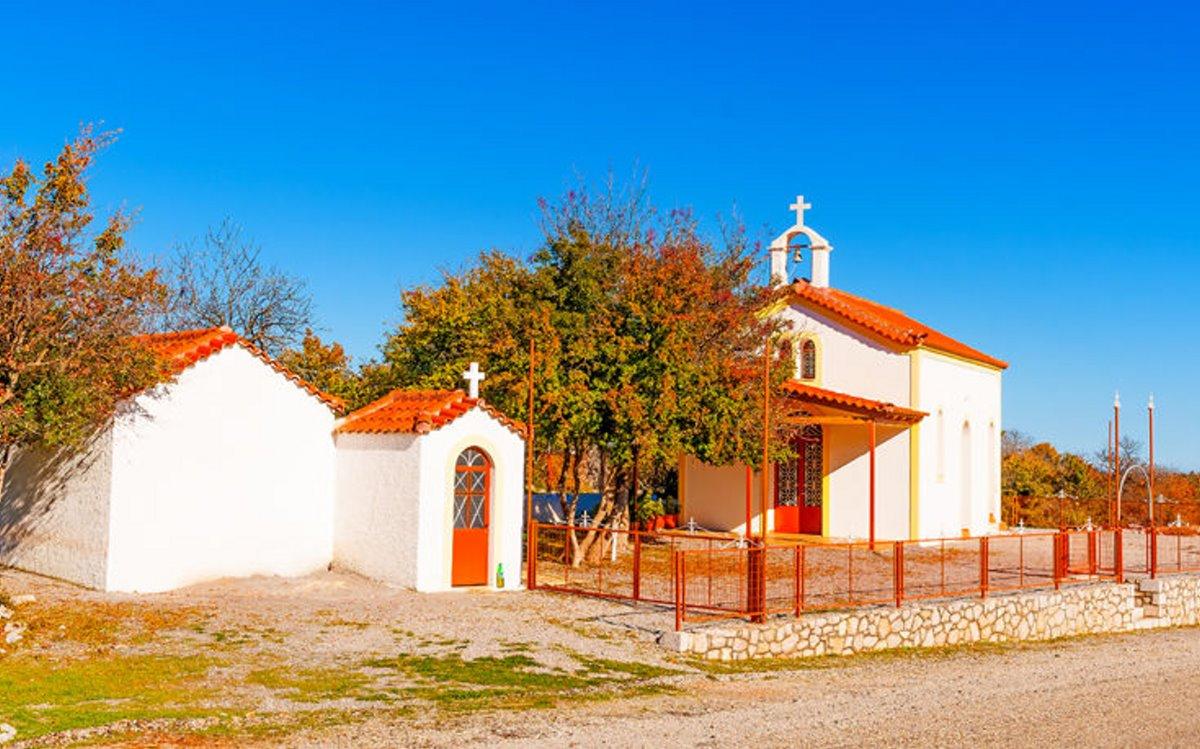 Χωριό Πηγάδι Κυνουρίας άσημο αλλά στολίδι με την όμορφη εκκλησία του
