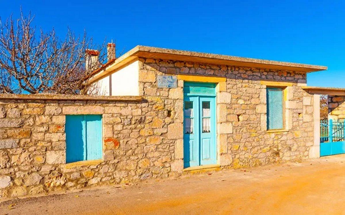 Χωριό Πηγάδι Κυνουρίας άσημο αλλά στολίδι με τα πέτρινα σπίτια του