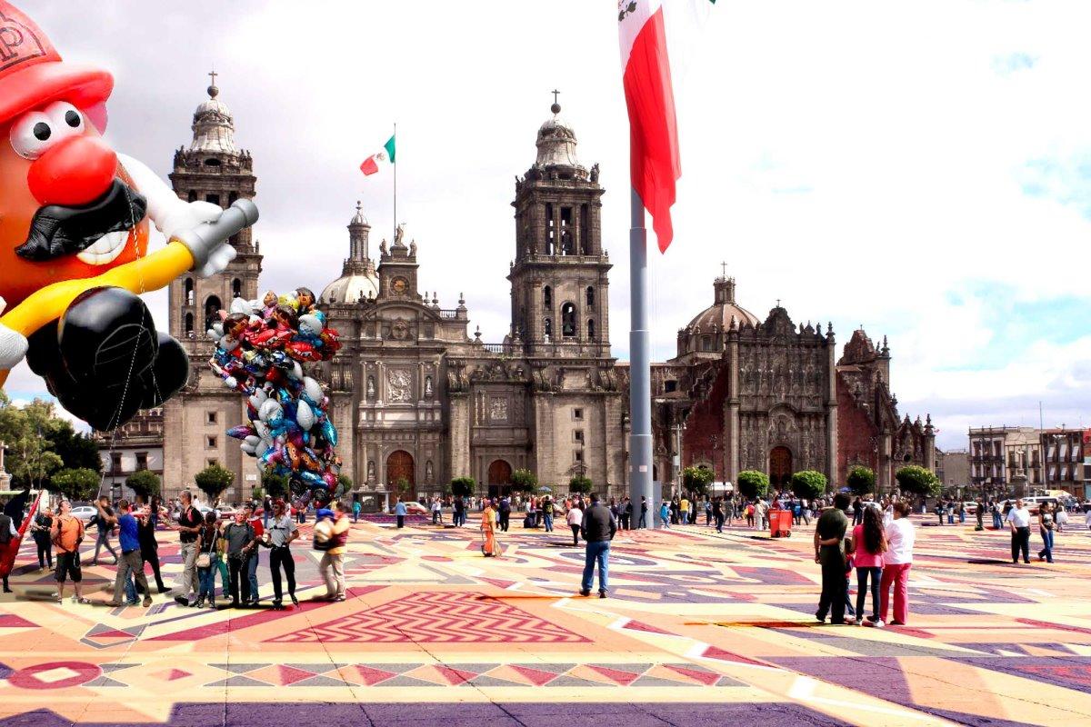 Πλατεία Zocalo Μεξικό διάσημη και ιστορική