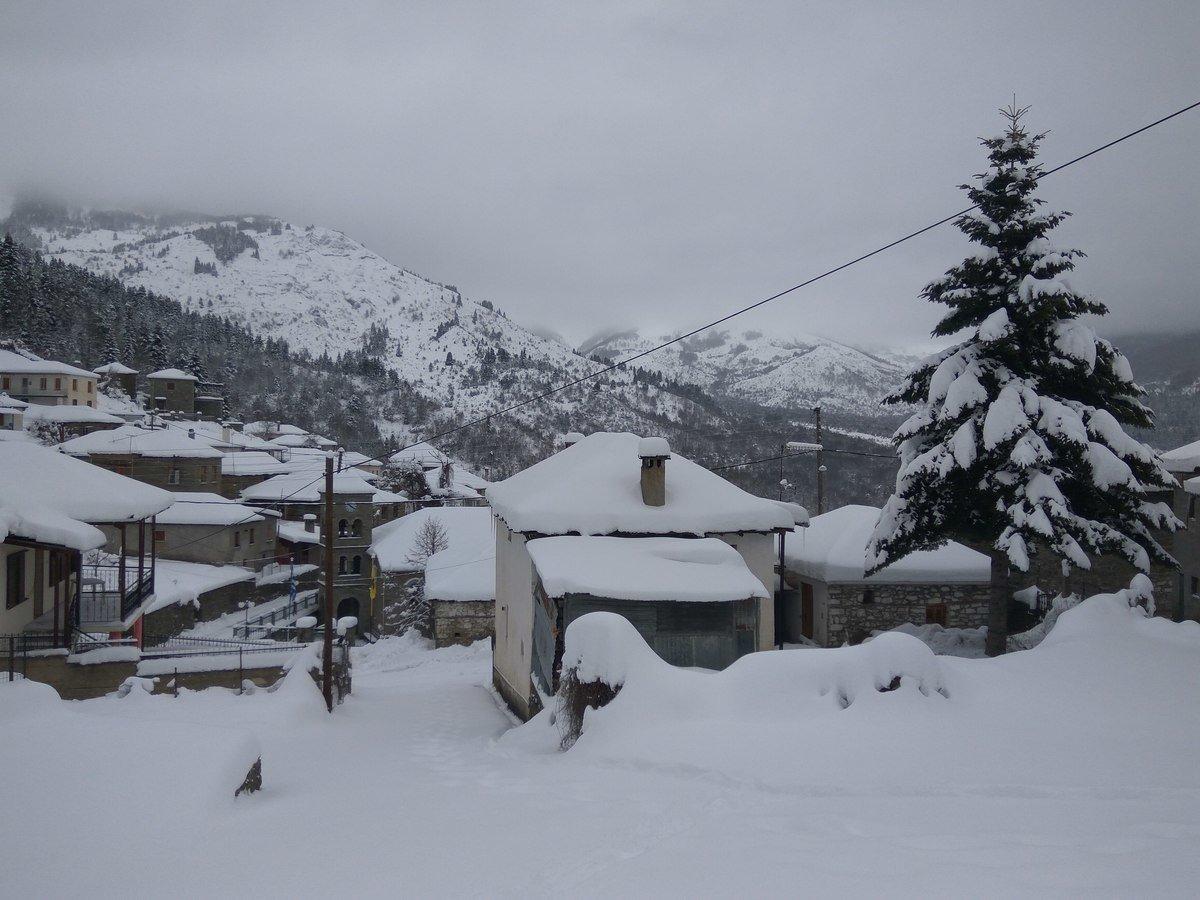 Πληκάτι Ιωαννίνων χιονισμένο