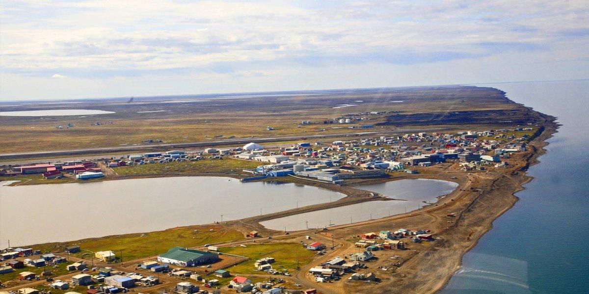 Πόλη της Αλάσκας Utqiagvik, στο σκοτάδι για 2 μήνες πανοραμική λήψη