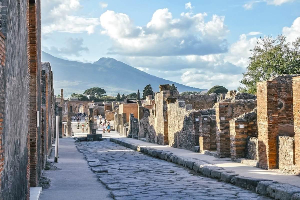 Πομπηία, Νάπολη