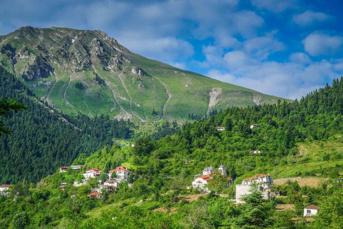 Ροπωτό Τρικάλων χωριό που το κατάπιε η γη πανοραμική