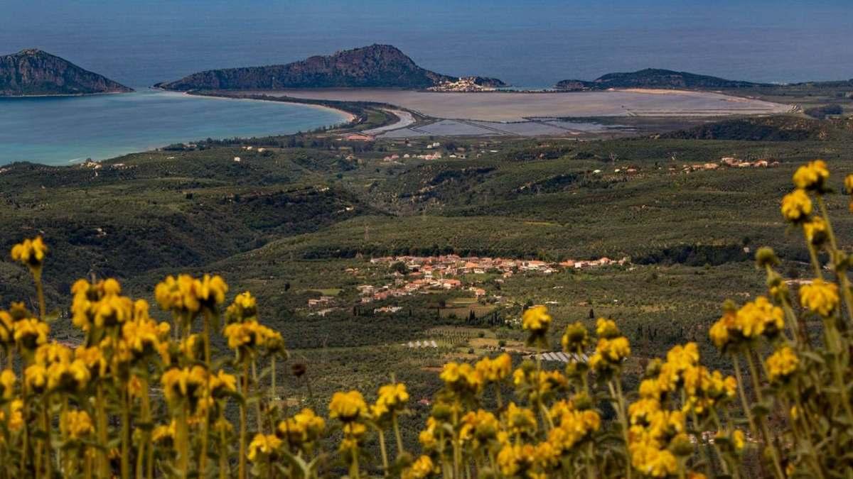 Στενωσιά Μεσσηνία χωριό με όμορφους καταρράκτες