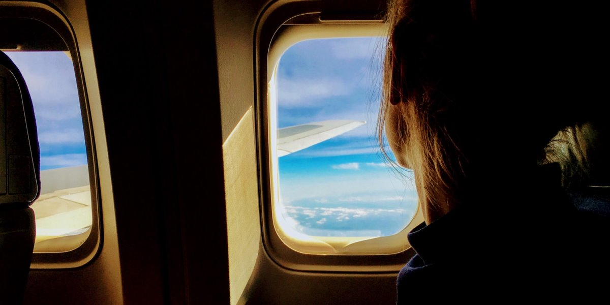 αεροπλάνο επιβάτης ανάκαμψη τουρισμού και νέες τάσεις σε ταξίδι