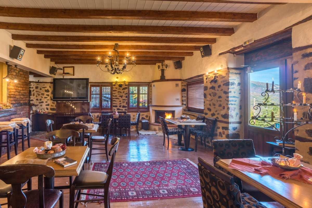 Ξενώνας Ρούγα, lounge