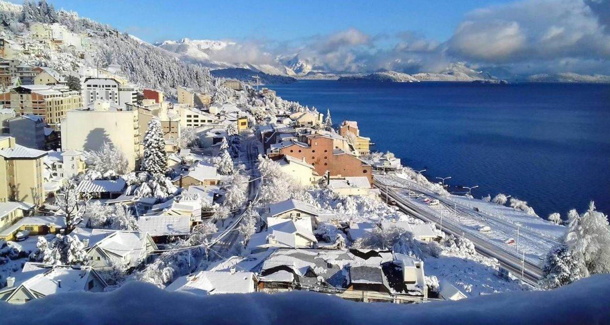 το Bariloche στην Αργεντινή είναι από τις πιο χιονισμένες πόλεις στον κόσμο
