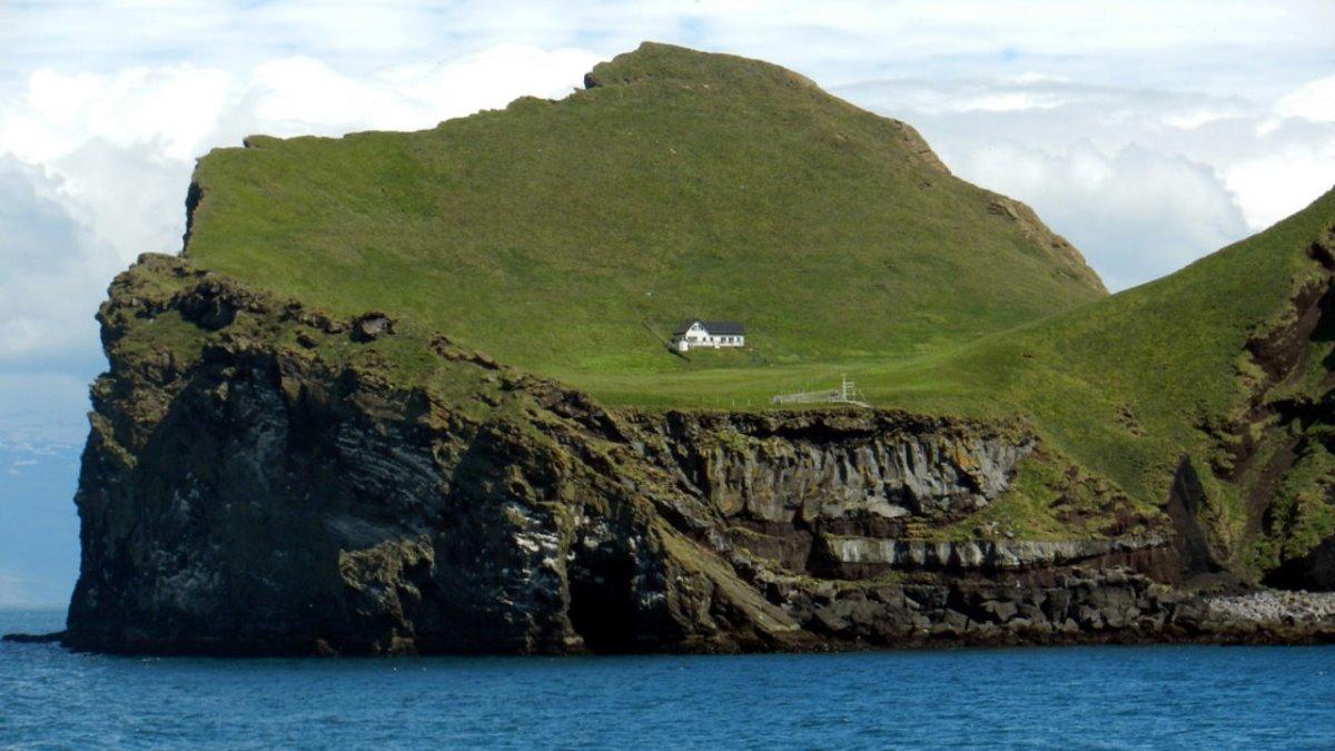 Ellieaey νησί Ισλανδία μοναχικό σπίτι στον κόσμο
