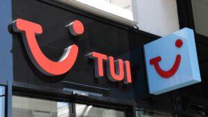 TUI: Καταρρέει ο ταξιδιωτικός κολοσσός; Πόσο επηρεάζονται οι Έλληνες ξενοδόχοι