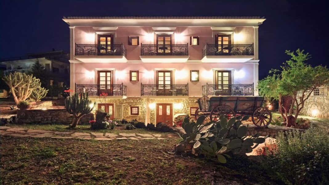 Archontiko Art Hotel Γαλαξίδι
