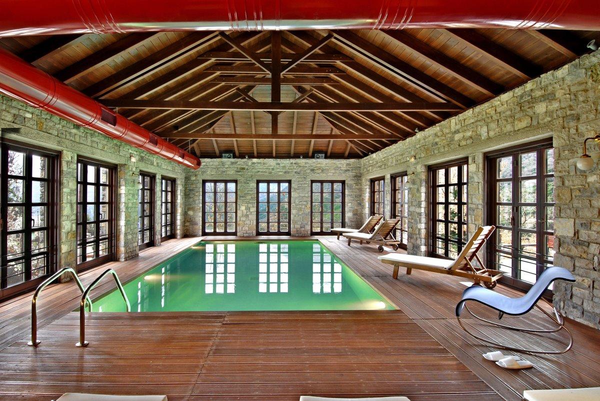 Aristi Mountain Resort εσωτερική πισίνα