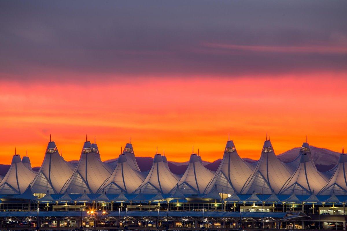 Αεροδρόμιο Ντένβερ το ηλιοβασίλεμα